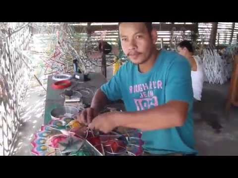 Making Philippine Christmas Lanterns - Filipino Parols