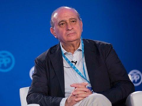 """Fernández Díaz: """"Todos los esfuerzos de solidaridad en inmigración deben ser coordinados"""""""
