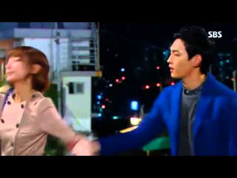 Ugly alert cut-Gong Hyun Suk & Shin Joo Young kiss