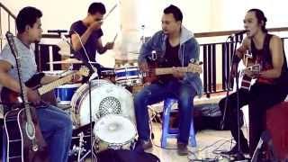 Video Cover (Padi) Semua Tak Sama  -  Athru Band (Cirebon) Mini Klip MP3, 3GP, MP4, WEBM, AVI, FLV Juli 2018