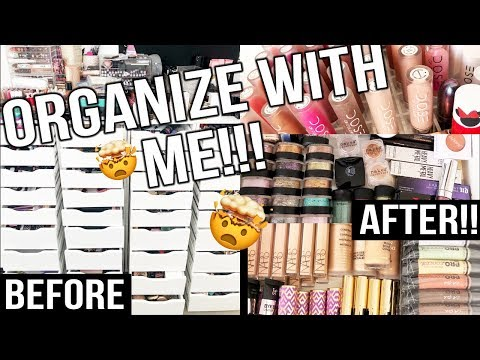 ORGANIZING MY INSANE MAKEUP COLLECTION PART 1 | Roxette Arisa