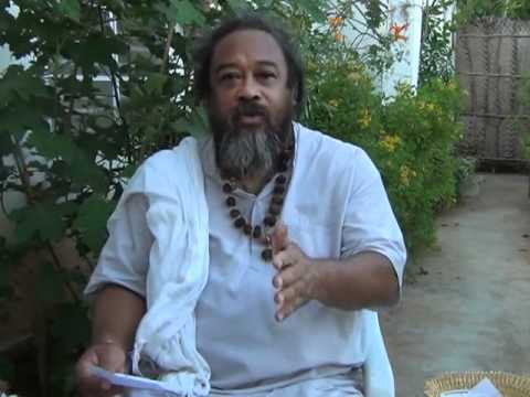Mooji Answers: Gratitude is Not An Action But An Essence of Freedom