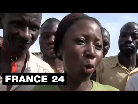 un - Abonnez-vous à notre chaîne sur YouTube : http://f24.my/youtube BURKINA FASO - Le président du Burkina Faso, Blaise Compaoré, confronté à une contestation populaire d'une ampleur sans...