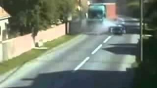 อุบัติเหตในการขับรถ