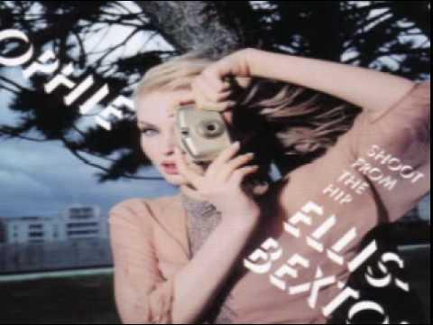 Tekst piosenki Sophie Ellis Bextor - The Walls Keep Saying Your Name po polsku