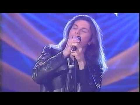 , title : 'Gianluca Grignani - Lacrime dalla luna - Sanremo 2002.m4v'