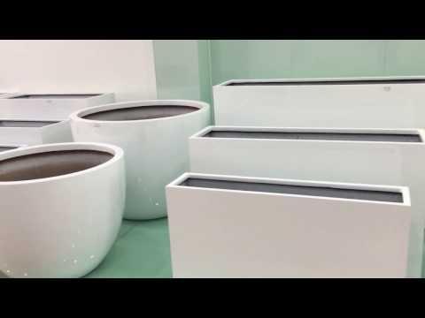Fiberglass planter box