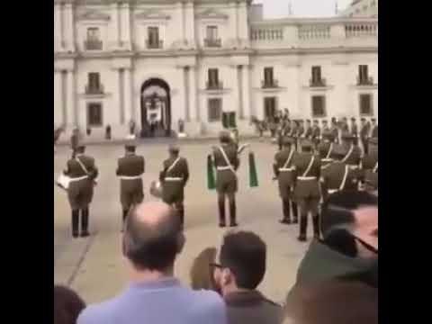 Chile: Carabineros interpretan el Alma Llanera y conmueven a Venezuela (VIDEO)
