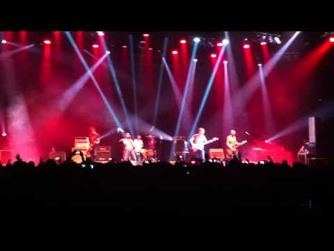 Shed Seven – Bully Boy (Live @ Bandung 31-03-2012)