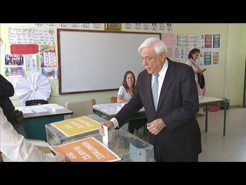 Video - Στο Προεδρικό Μέγαρο ο Πρ. Παυλόπουλος