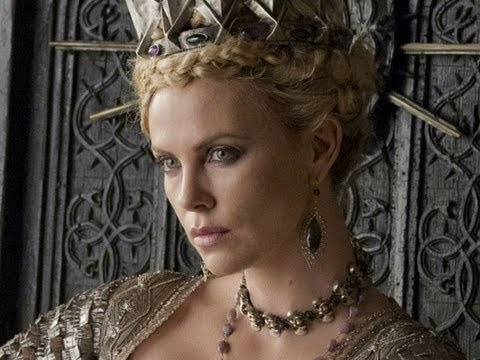 Snow White and the Huntsman (Clip 'Snow White and the Evil Queen Face Off')