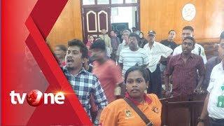 Video Pelaku Pembunuhan Dibebaskan Hakim, Keluarga Korban Mengamuk di Pengadilan MP3, 3GP, MP4, WEBM, AVI, FLV November 2018