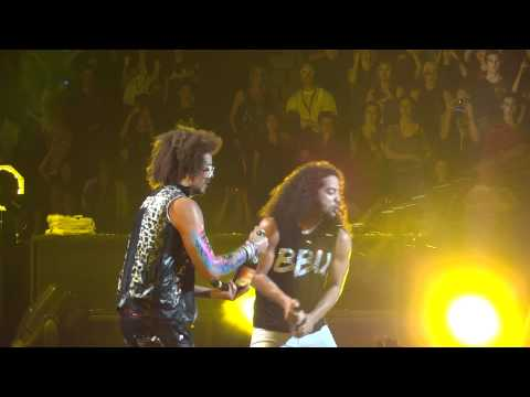 LMFAO Champagne Showers Live Montreal 2011 HD 1080P