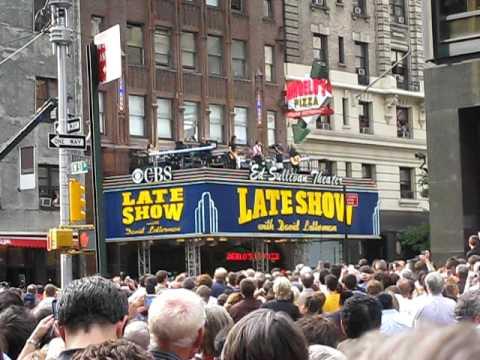 Video Paul McCartney - Late Show David Letterman download in MP3, 3GP, MP4, WEBM, AVI, FLV January 2017