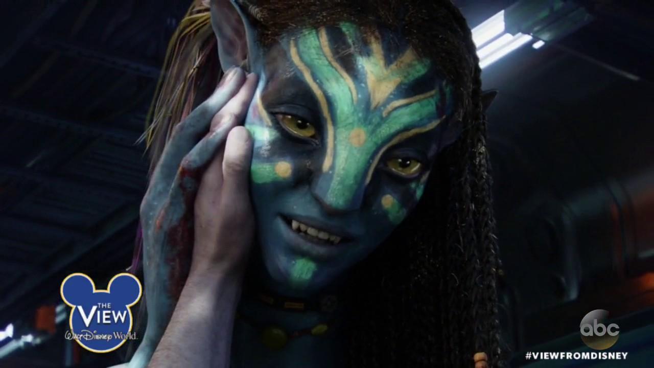 James Cameron tours Pandora - The World of Avatar