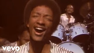 Video Kool & The Gang - Take My Heart (Official Music Video) download in MP3, 3GP, MP4, WEBM, AVI, FLV January 2017