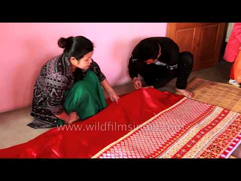 Video Potloi Bridal costume from Manipur, India download in MP3, 3GP, MP4, WEBM, AVI, FLV January 2017