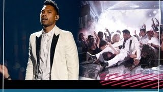 Miguel Leg Drop (falls down on stage) Analyzed at 2013 Billboard Awards