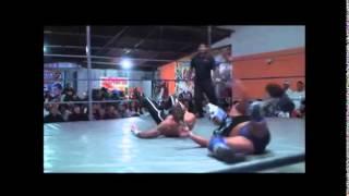 Fénix vence a Belial en gran lucha y retiene Campeonato AAA Fusión
