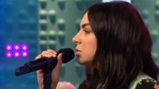 Charli XCX - Boys (acoustic) | Live at Sunday Brunch