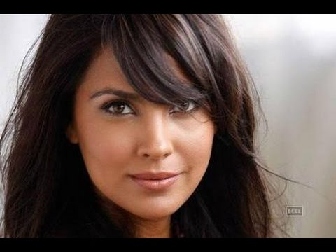 Lara Dutta Reveals What Is More Difficult Being Miss Universe Or A Mot...