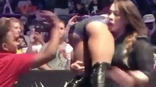Alexa Bliss Gets Her Ass SLAPPED by a Little Kid at a WWE Live Event