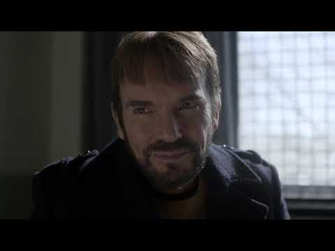 Fargo - S01E08 - Lorne Malvo Visits Wes Wrench in the Hospital