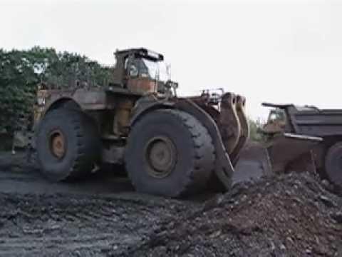 Caterpillar 994 loads 785B in a old uranium mine in germany