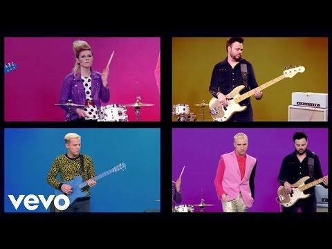 Tekst piosenki Neon Trees - I Love You (But I Hate Your Friends) po polsku