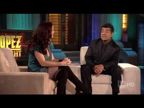 Annie Wersching on Lopez Tonight video interview 3/29