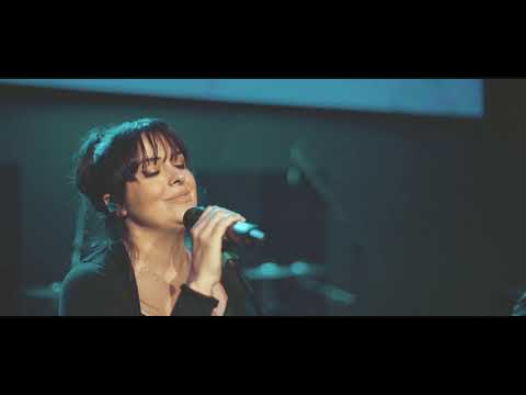 Abres Camino (Milagroso) - Rojo (feat. Joel Contreras) - En Vivo (Way Maker)