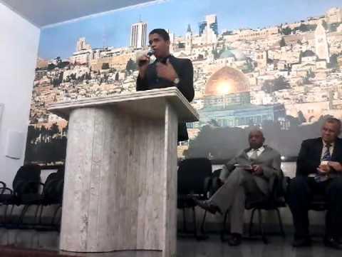 Pregador Lucas Araújo em Dias Dávila Ba