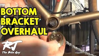 Video How To Overhaul A Bike Bottom Bracket - Remove/Clean/Install New Bearings MP3, 3GP, MP4, WEBM, AVI, FLV Juni 2017