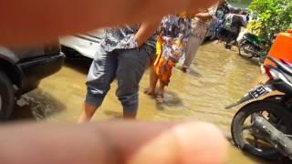 Video Kenangan Kondangan rancaekek banjir kluarga sri MP3, 3GP, MP4, WEBM, AVI, FLV Februari 2018