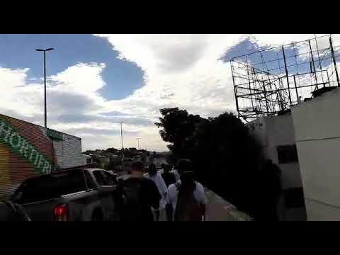 Saserj presente em manifestação pela defesa da Saúde Pública; polícia deteve dois participantes (2p)