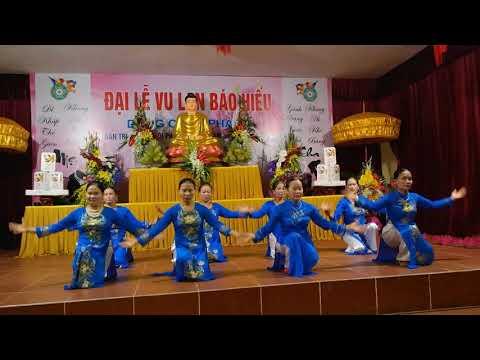 Lạy Phật Quan thế âm - Đội dâng hương Chùa Vân Hội