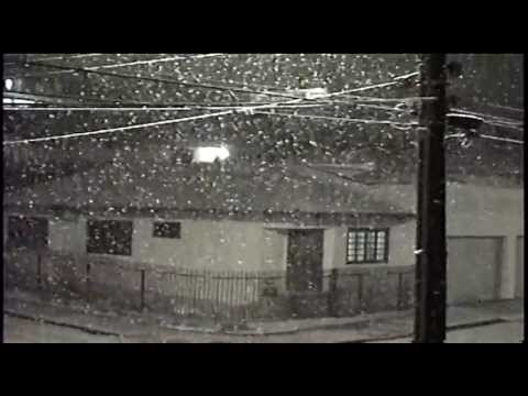 NEVE EM RIO NEGRO-PR 23/07/2013 - COM MÚSICA