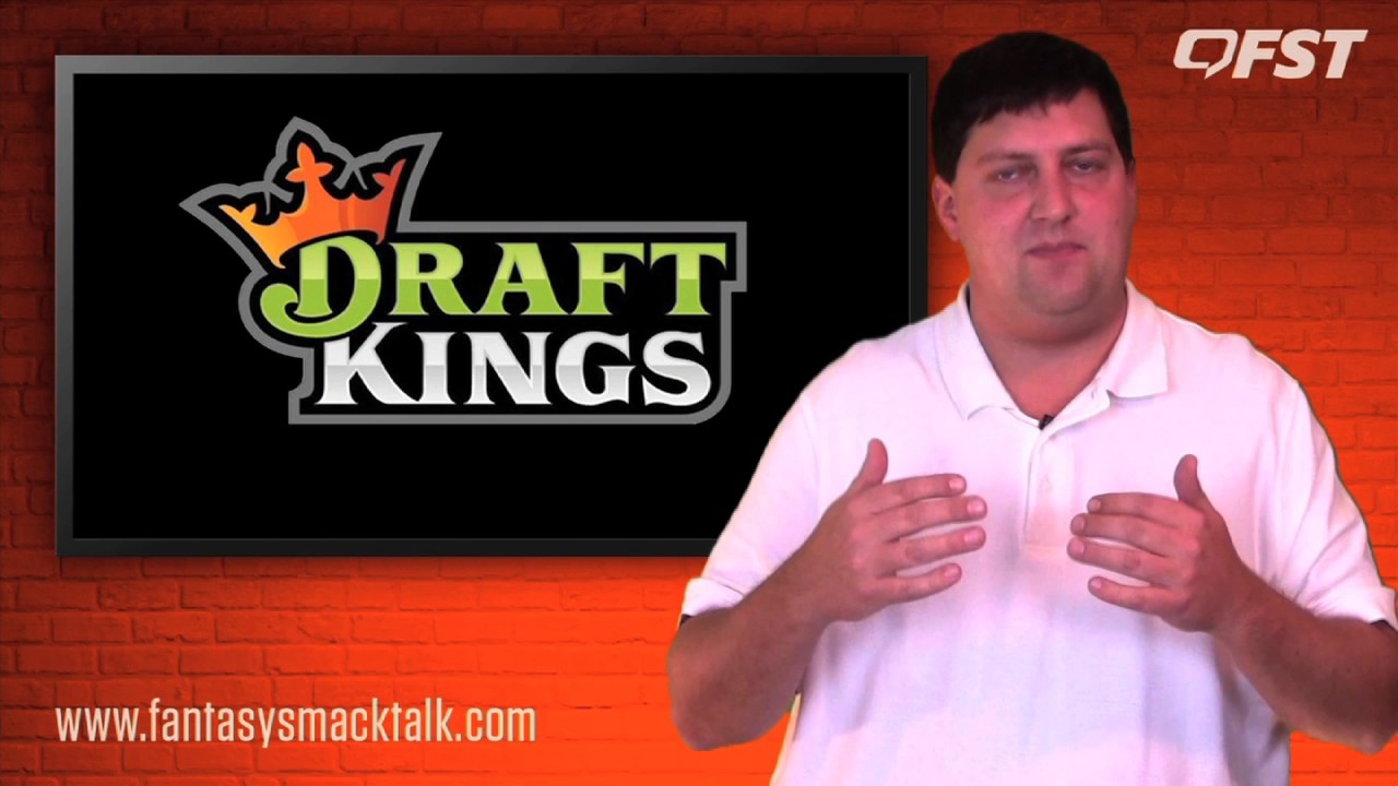 Daily Fantasy Football: Week 17 DraftKings Value Picks thumbnail