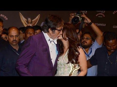 Aishwarya Rai & Amitabh Bachchan At Colors Stardust Awards 2015