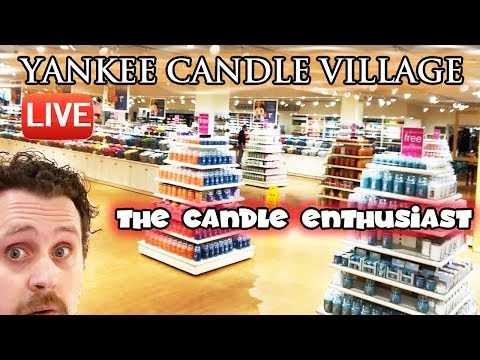 LIVE - Super Quick Look at NEW Yankee Candle Products - Flagship Store Village