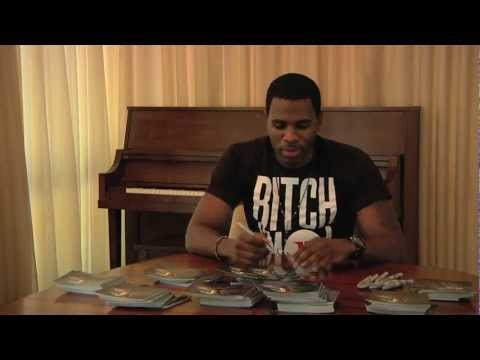Jason Derulo Autographs Future History Albums!
