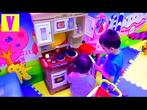Детский РАЗВЛЕКАТЕЛЬНЫЙ центр ГОРКА БАТУТ игровая комната ДЕТСКАЯ КУХНЯ для детей HappyVova (видео)