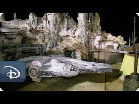 Fly-Through Star Wars: Galaxy's Edge  Disney Parks