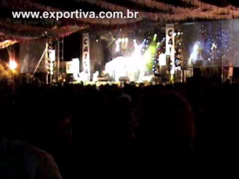 Show de Dupla Desconhecida arrasta 30 mil para Festa Junina em Navirai-MS