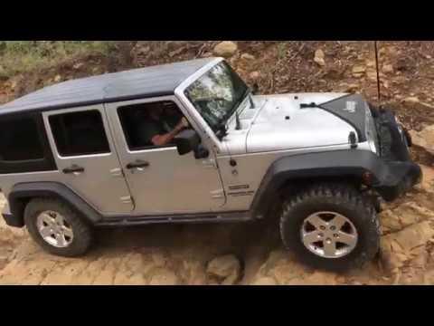 Jeep Wrangler Back of Beaudesert