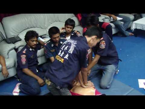 การอบรมFRมูลนิธิชุมพรกู้ภัยสายชล(CPR)