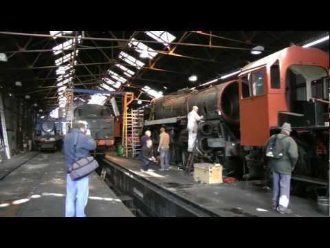 Great Central Railway - The sights and sounds of a workin...