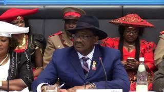Die Bundesregierung befindet sich derzeit in Verhandlungen mit der namibischen Regierung über die Aufarbeitung und Aussöhnung des Völkermords der ...