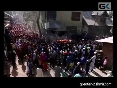 Thousands attend last rites of Kawoosa youth