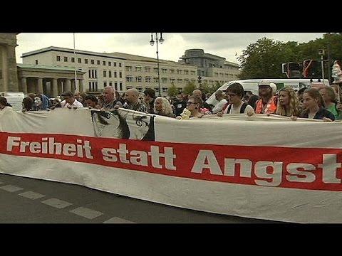 Almanya'dan ABD'ye dinleme protestosu